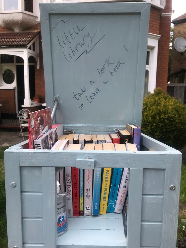 I Made A Community Bookswap With My Kids On Our Doorstep. Heres Why (And How)