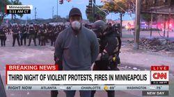 Polizia ammanetta in diretta la troupe della Cnn a Minneapolis