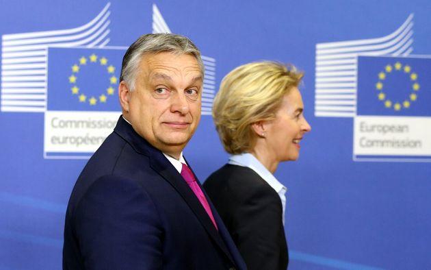 """Un altro ostacolo per Ursula. Viktor Orban: """"Recovery Fund a"""