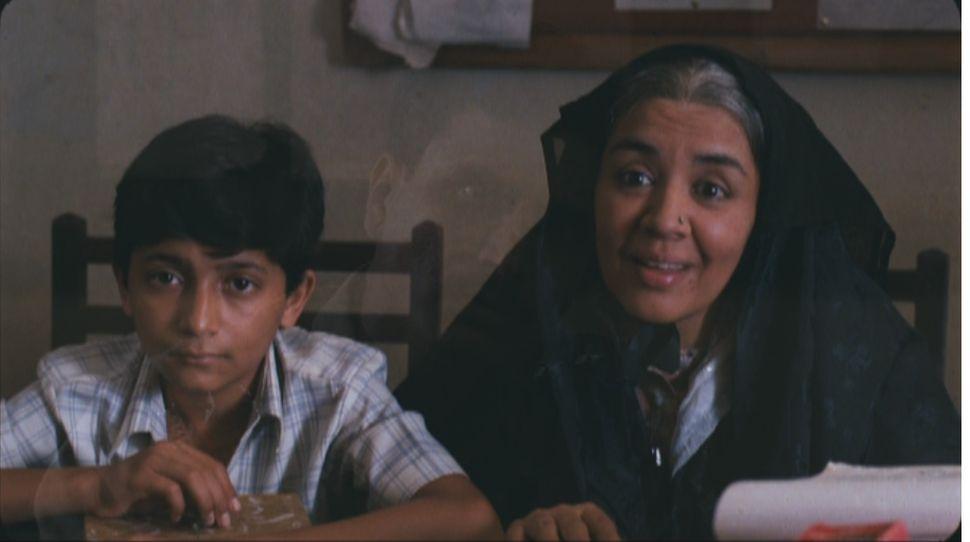 Amit Phalke and Farida Jalal in 'Mammo'