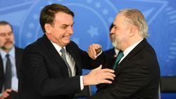 Bolsonaro diz esperar que ninguém do STF 'desapareça', mas que Aras seria nome para outra