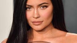 Kylie Jenner aurait menti sur sa