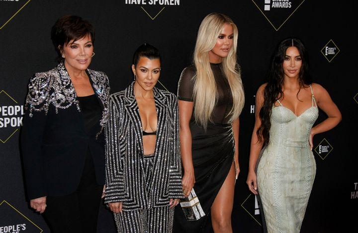 Kris Jenner, Kourtney Kardashian, Khloe Kardashian et Kim Kardashian West