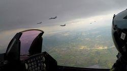 Ελληνικά και αμερικανικά πολεμικά αεροσκάφη πέταξαν πάνω από τα