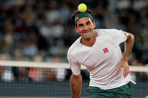 Roger Federer, ici à Cap Town en février 2020, est devenu le sportif le mieux payé...