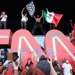 Mort de George Floyd: les manifestations se multiplient et le réseau CNN est