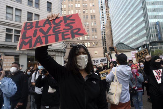미국 오클랜드에서 시위대가