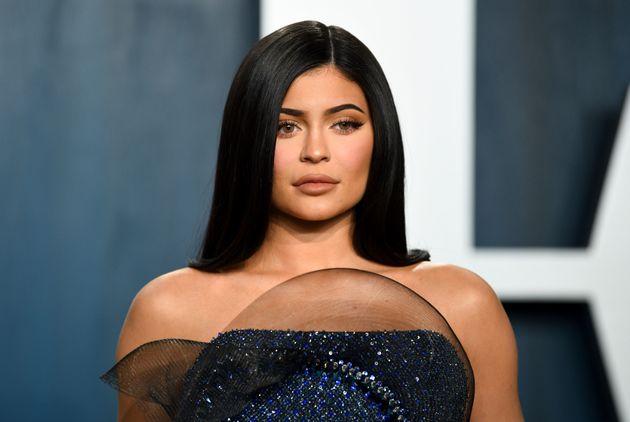 Kylie Jenner s'est défendue sur Twitter face aux accusations de