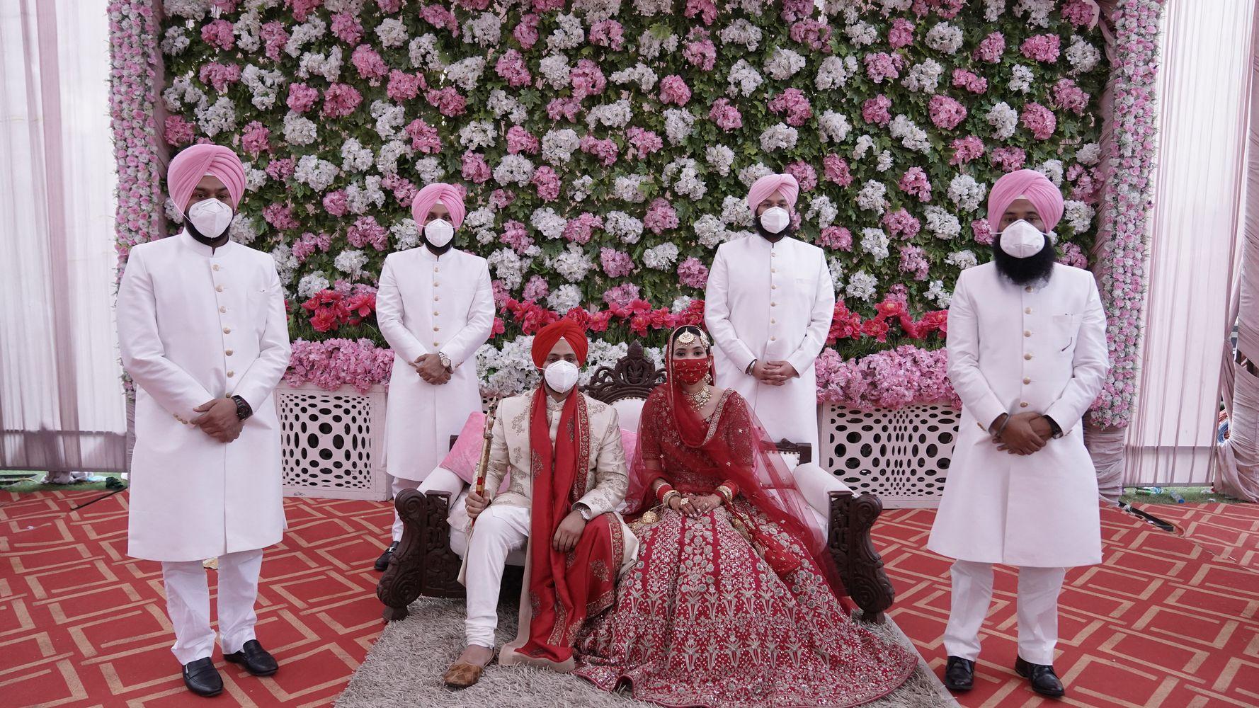7 Gorgeous Lockdown Indian Weddings That Will Lift Your Spirits Huffpost India Life