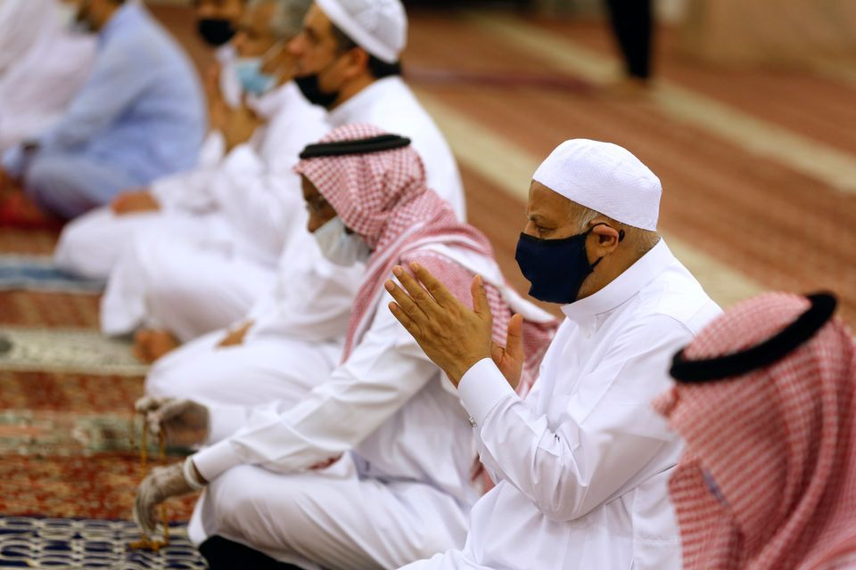 Tens-of-thousands of mosques have reopened in Saudi Arabia after being closed during lockdown.