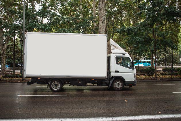 Un murciano desaparece con un camión y mercancía valorada en 10.000 euros en su primer día de trabajo...