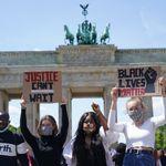 Διαδηλώσεις σε όλο τον κόσμο για τον θάνατο του Τζορτζ