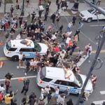 뉴욕시장의 경찰차 '시위대 돌진'을 옹호하며 시위대를