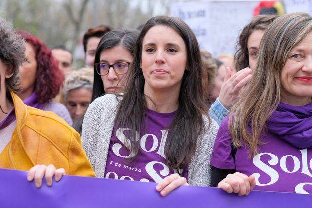 La ministra de Igualdad, Irene Montero, en la manifestación del 8-M de este año (Oscar...