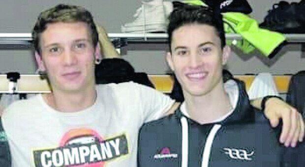 Manuel Bortuzzo ed uno dei giovani nuotatori rimasti vittime dell'incidente