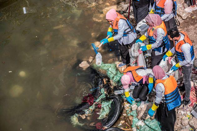 Ερευνα: Τρία στα τέσσερα ψάρια έχουν καταναλώσει μικροπλαστικά στον μεγαλύτερο ποταμό του