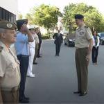Felipe VI se salta el protocolo de pronto y deja a un militar perplejo: