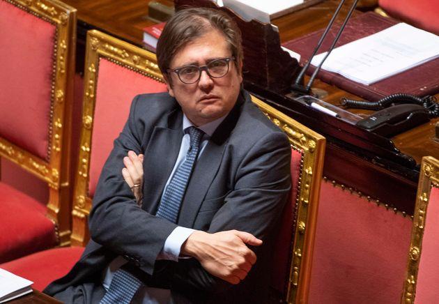 Il vice ministro della Sanitˆ, Pierpaolo Sileri, nel corso della discussione del ddl n. 1741 di conversione...