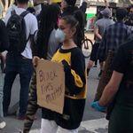 Αριάνα Γκράντε, Halsey, Μάικλ Τζόρνταν και άλλες διασημότητες σε διαμαρτυρίες για τον θάνατο του Τζορτζ