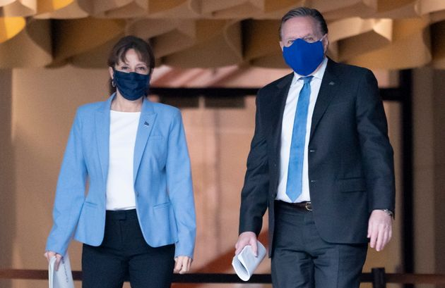 Nathalie Roy et François Legault avant la conférence de presse annonçant le plan...