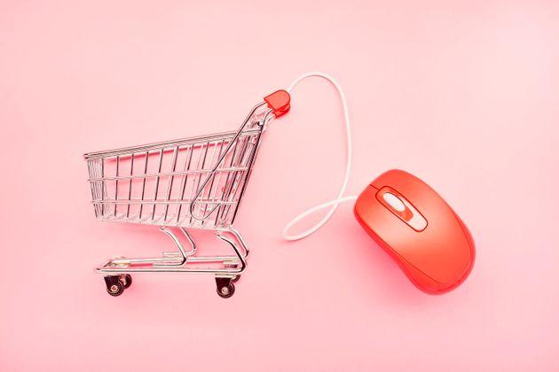 ΙΕΛΚΑ: Υπερδιπλάσια αύξηση των online αγορών λόγω κορονοϊού και