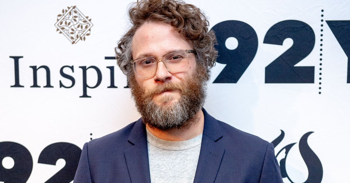 Seth Rogen Wins Praise For No-Nonsense (And Very Explicit) Replies To 'All Lives Matter' Comments