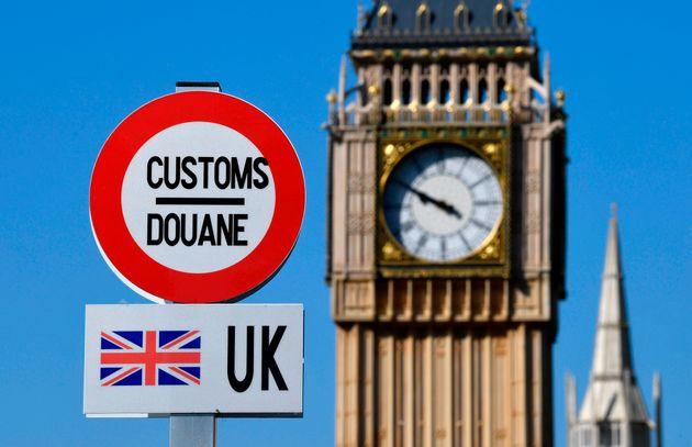 Selon la presse britannique, le gouvernement du Royaume-Uni prévoirait de lever, pour certains...
