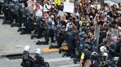 ΗΠΑ: Οταν οι αστυνομικοί παίρνουν το μέρος των