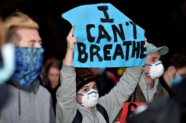 Manifestación en Sidney (Australia) en apoyo a las protestas contra el racismo tras la muerte...