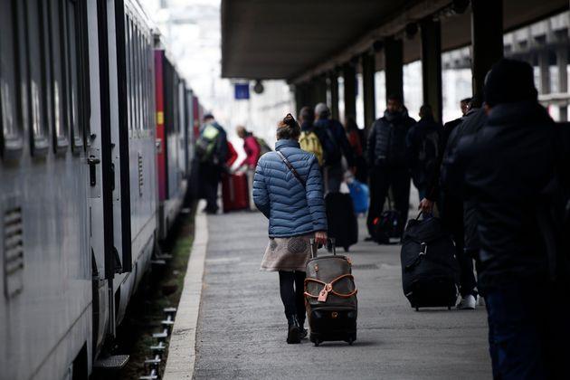 La SNCF vend désormais toutes les places de ses TGV et Intercités pour