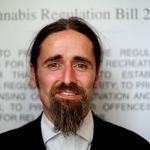 Ευρωβουλευτής εμφανίστηκε σε τηλεδιάσκεψη χωρίς