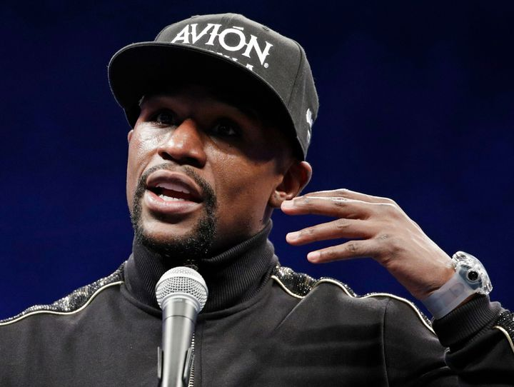 Floyd Mayweather Jr., seen in 2017, has offered to pay for Floyd's funeral and memorial services.
