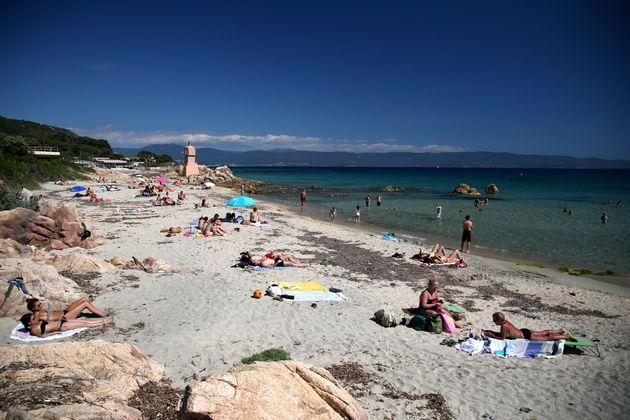 La plage de la Terre sacrée, à Ajaccio, le 21 mai