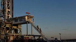 米シェール企業、一部で生産再開の動き 原油価格回復受け