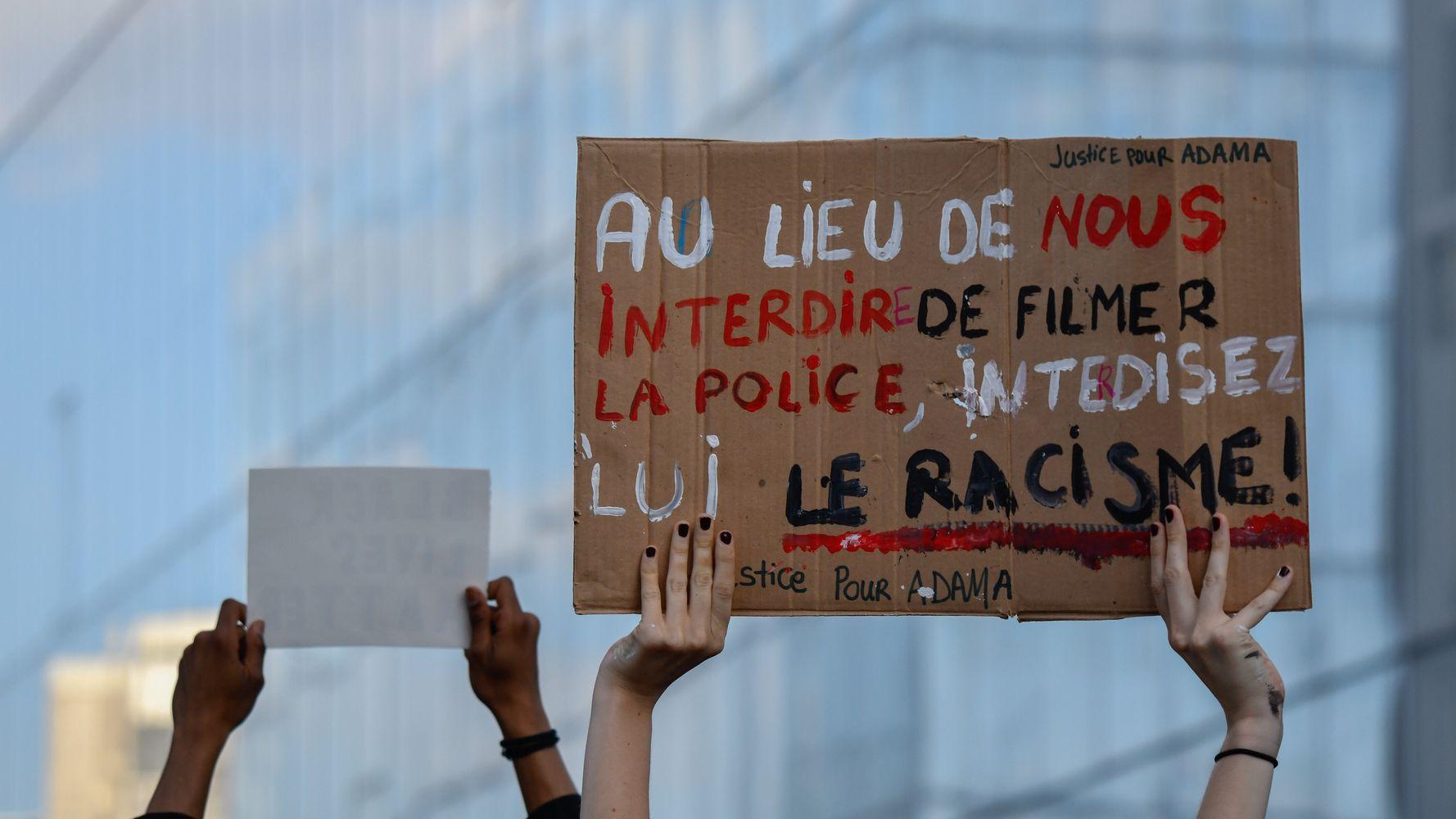 Invisibiliser les violences policières jusqu'à interdire de les filmer?    Le HuffPost