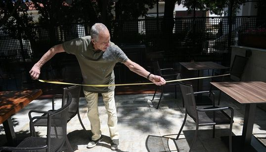 Επαναλειτουργεί η εστίαση σε εσωτερικούς χώρους, τα γυμναστήρια, από 1/7 οι