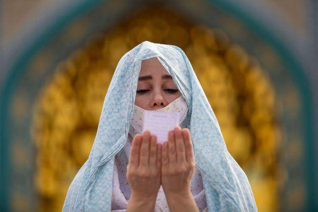 Γυναίκα στην Τεχεράνη...