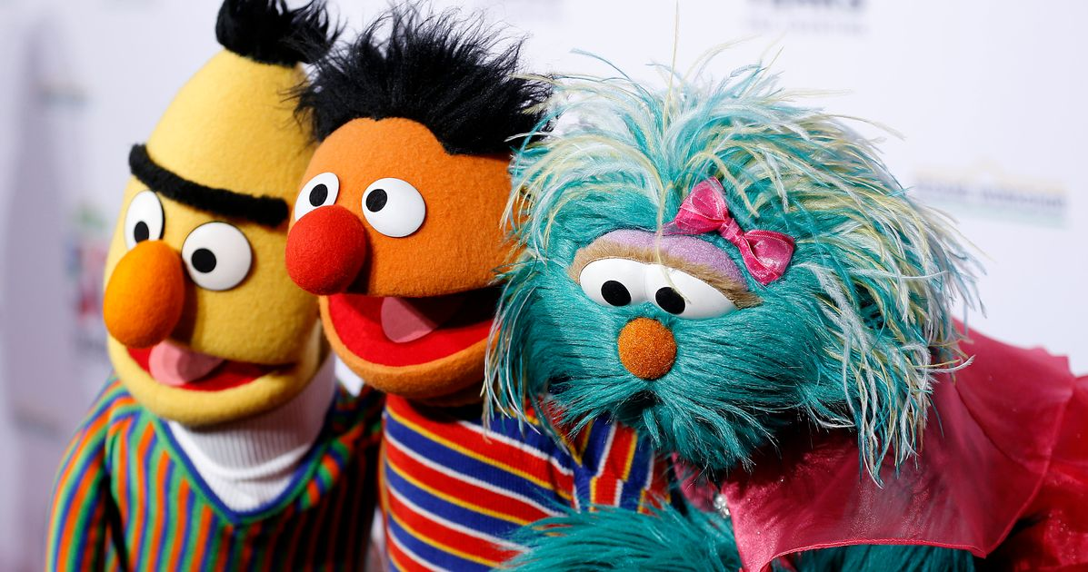 'Sesame Street' promete 'hablar en contra del racismo' en medio de protestas en curso