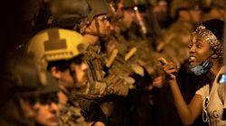 Miles protestan en centro de Washington mientras los militares sacan