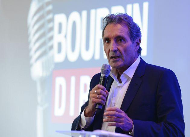 Jean-Jacques Bourdin arrête la matinale de RMC mais garde l'interview