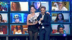 Natalia Jiménez se salta la distancia de seguridad en plena gala de 'OT 2020' y deja a Roberto Leal con esta