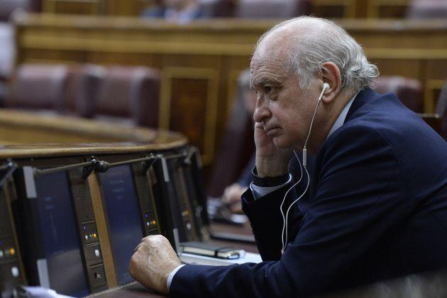 El exministro del Interior del PP Jorge Fernández en el Congreso el 12 de febrero de
