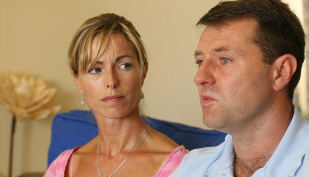 Kate et Gerry McCann, ici en août 2007, ont été mis en examen dans l'enquête sur la disparition de leur...