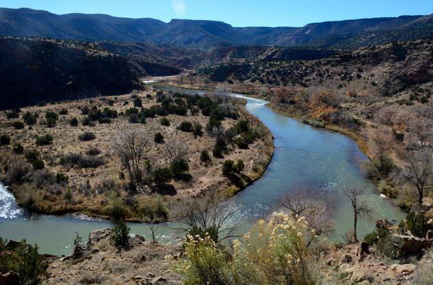 The Rio Chama originates in Colorado and feeds into the Rio Grande in New Mexico. New Mexico allowslandowners...