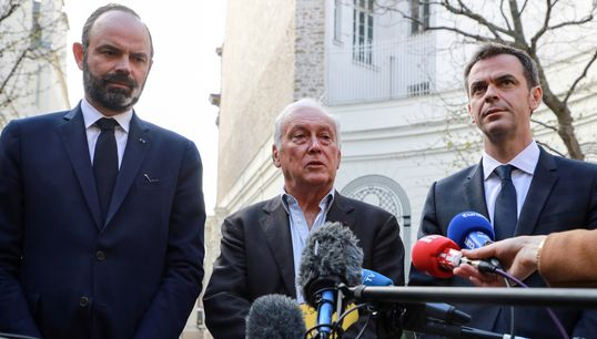 """L'épidémie """"est contrôlée"""" en France, selon le président du Conseil"""