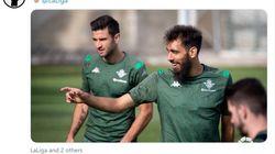 Ce joueur de foot s'est verni les ongles en noir contre le racisme, il reçoit des tweets