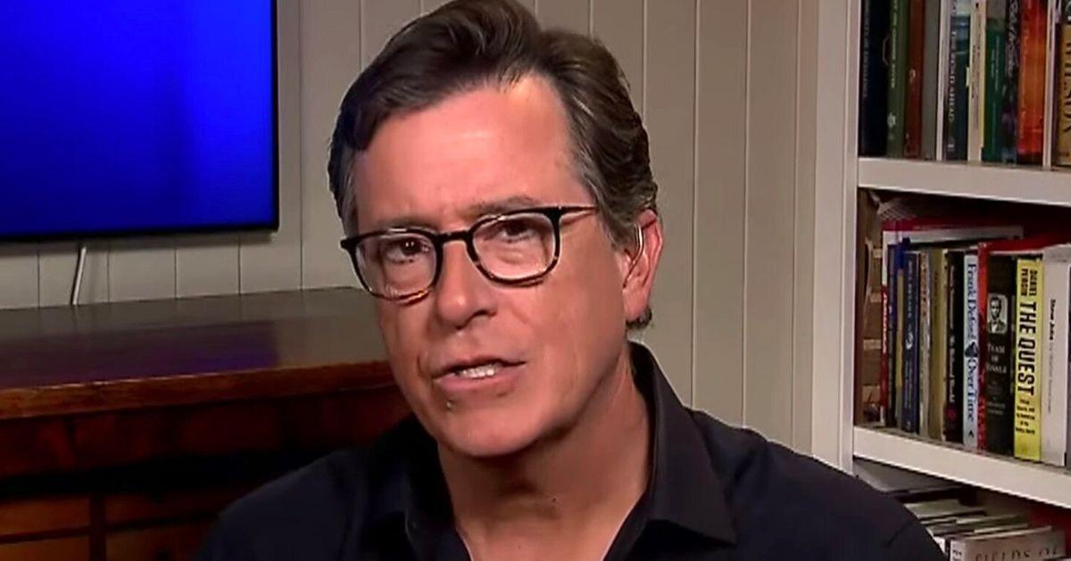"""Stephen Colbert expone las tácticas """"sorprendentemente brutales"""" que la policía usa en los manifestantes"""