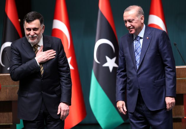 Sulla Libia l'Italia sta a guardare, mentre la coppia Erdogan/Sarraj travolge