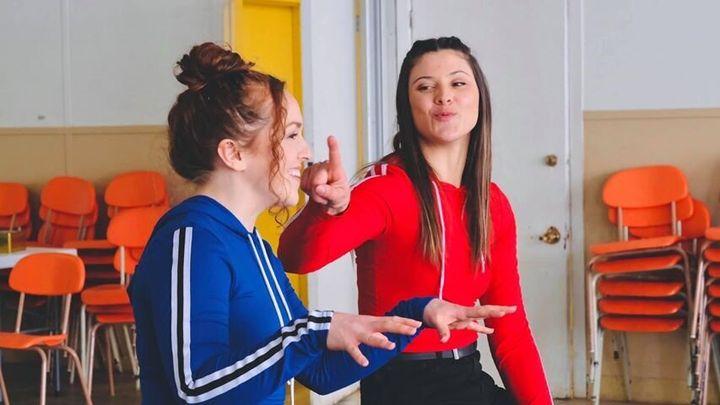 Andréanne Fortin et Olivia Leclerc pour leur projet YouTube «Gilles pis la p'tite»