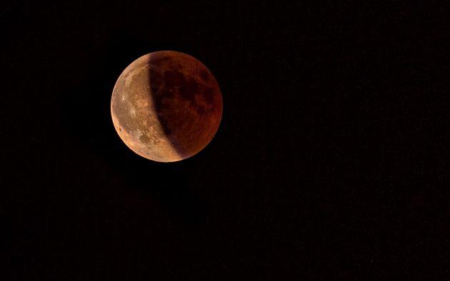 Arriva la seconda eclissi di Luna del 2020: quando e come